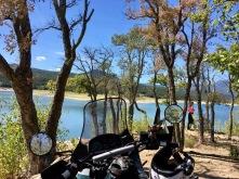 lac darnius - catalogne - expemundo à moto